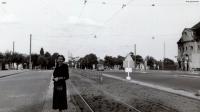 1955-08-00-heerstrasse-am-bahnhof-klein