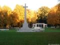 2005-berlin-war-cemetery-10-klein