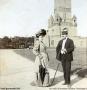 1923-um-ehepaar-vor-grunewaldturm
