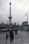 1955-ca-funkturm-vater-und-sohn-klein