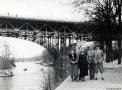 1935-ca-familie-vor-stoessenseebruecke-agfa-lupex-klein